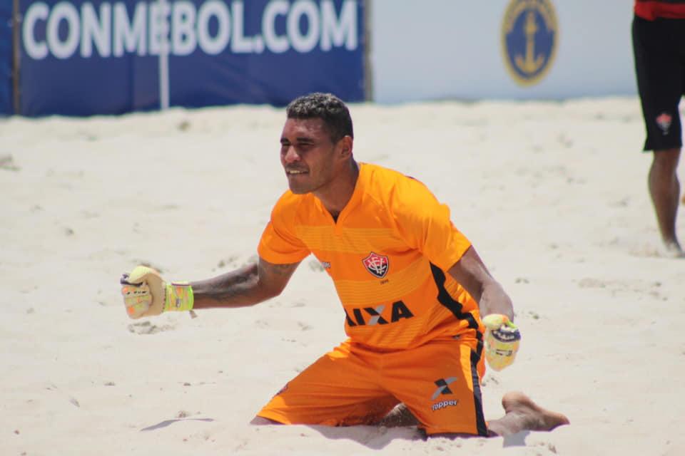 Goleiro tutoiense Bobô é campeão da Libertadores de Beach Soccer